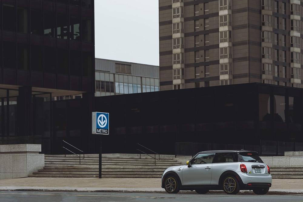 MINI Cooper S E in Montreal