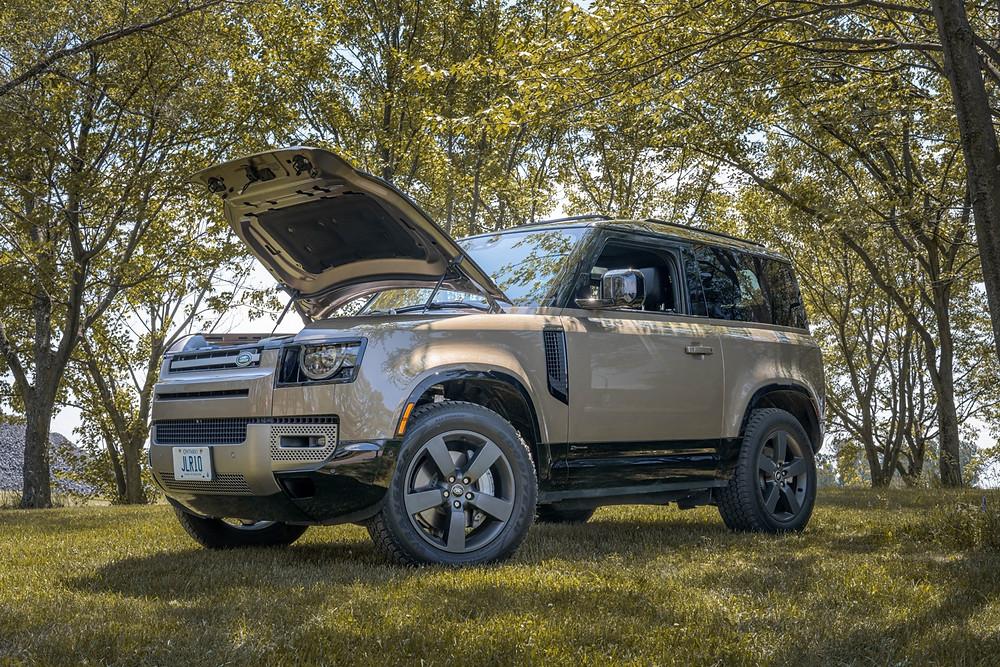 Land Rover Defender 90 P400