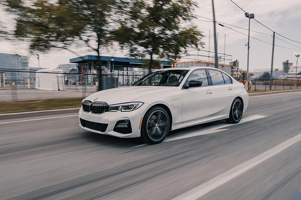 BMW 330e rolling shoot