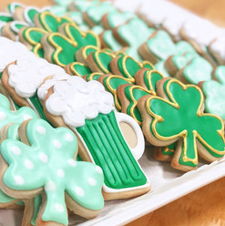 St. Patricks Day Iced Cookies