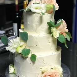 Rustic Buttercream with Fresh Flowers