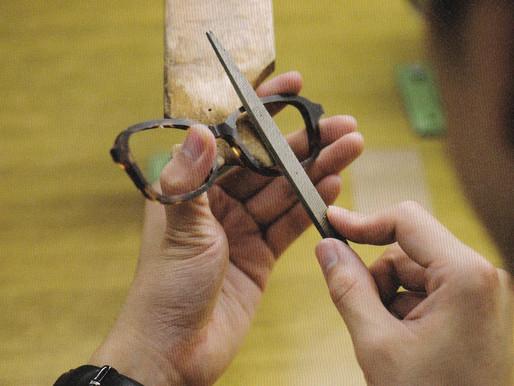 体温の伝わる眼鏡 TURNING