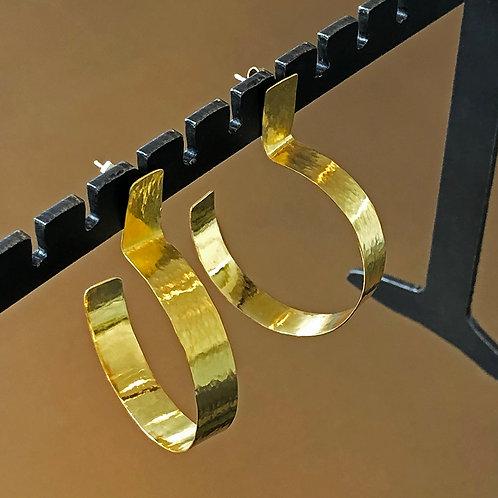 """Medium 1.5"""" Inch Hand-Hammered 20K Hoop Earrings"""