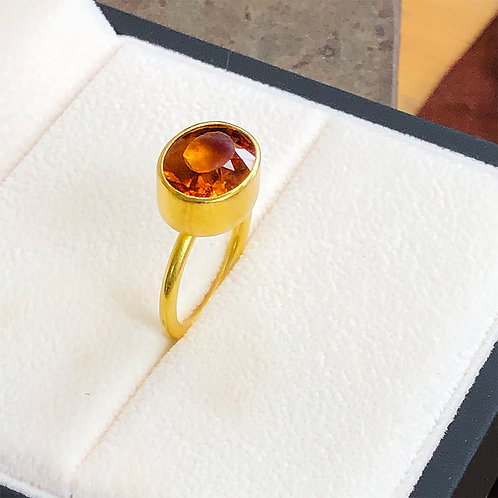 4.35 ct Oval Gold Citrine set in 22K Gold
