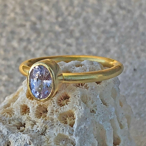 .73 ct Pink Oval Fancy Sapphire & 22K/20K Gold Ring