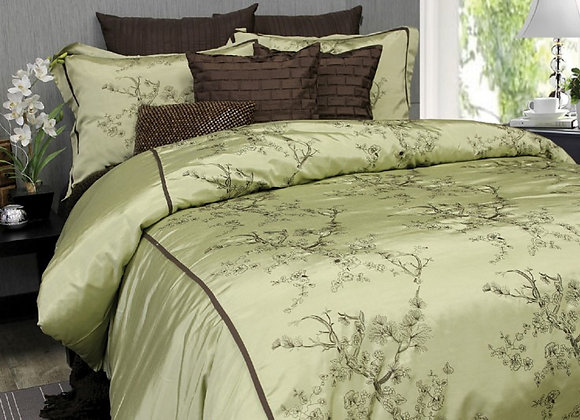 """Silk Blossoms"" Duvet Covet (Double/ Queen)"
