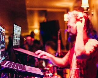 DJ Vamp Remixer Bachata German