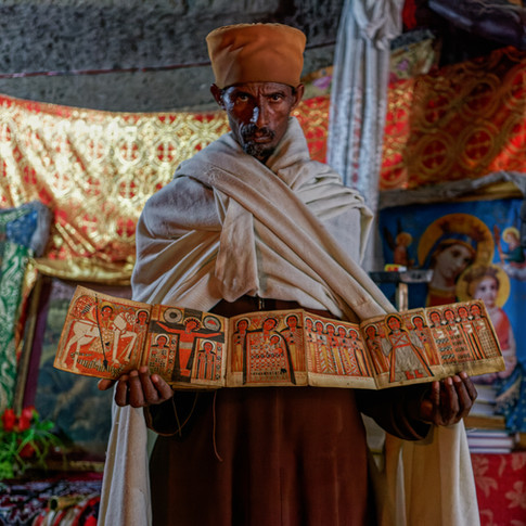 Prêtre de Lalibela