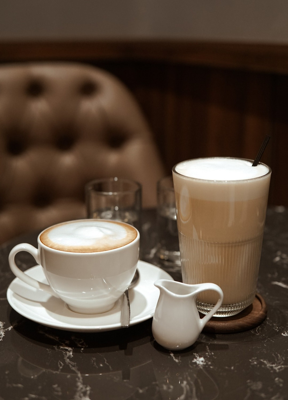 cafe Latte và trà tại Là Vì Coffee