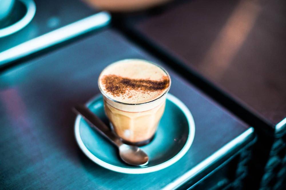 cappuccino bồng bềnh bọt sữa
