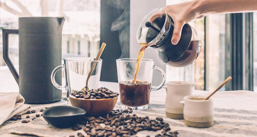 bàn cà phê pour over
