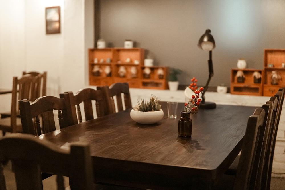 bàn cafe Nhà Trong Ngõ (Tây Hồ)