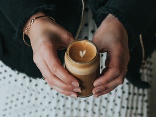 Trà sữa Macchiato, cafe Macchiato là gì? Cả 2 có ngon như tưởng tượng?