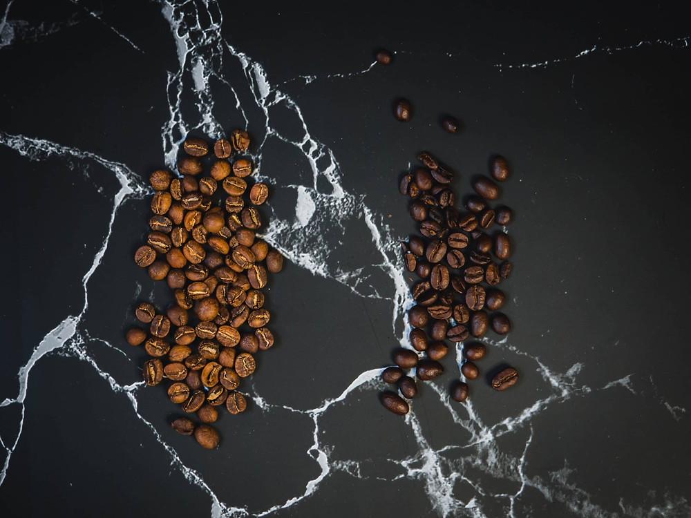 hạt cà phê Arabica và Robusta