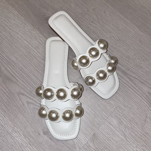 White double pearl sandals