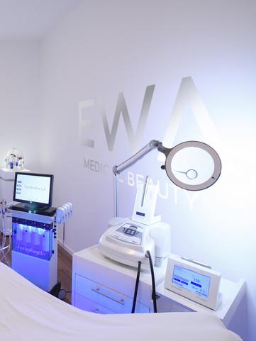 Ewa Medical Beauty Behandlungsraum 2.jpg