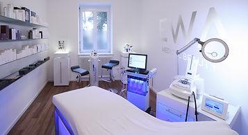 Ewa Medical Beauty Behandlungsraum 2_edi