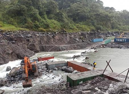 Las obras emergentes para el puente y captación del Coca Codo Sinclair registran avance del 40%