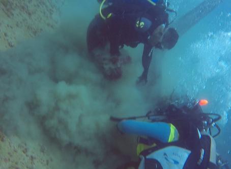 527,79 kilogramos de desechos recuperados en limpieza submarina en Esmeraldas
