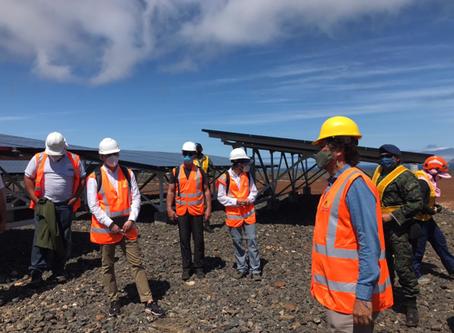 Empresas interesadas recorren emplazamiento del proyecto fotovoltaico CONOLOPHUS, en Galápagos