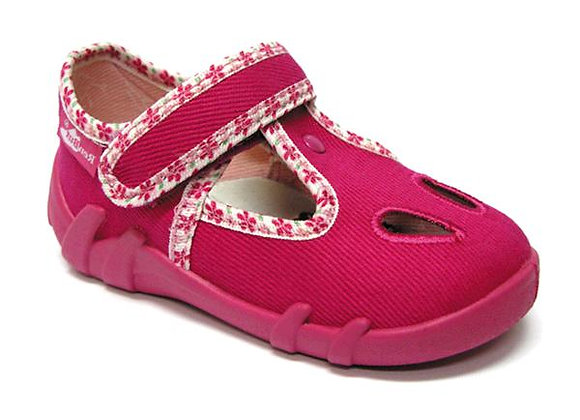 RBG13_143_L0045 Magenta Canvas Shoes