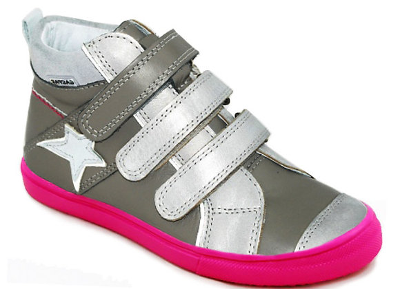 GG107_47_HT Gray Leather High Tops