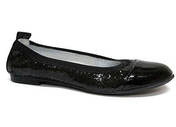 RBG33_4293_0066_D Black Leather Slip-ons