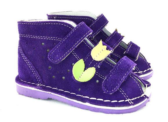 DGS_T125V Violet Suede Sandals