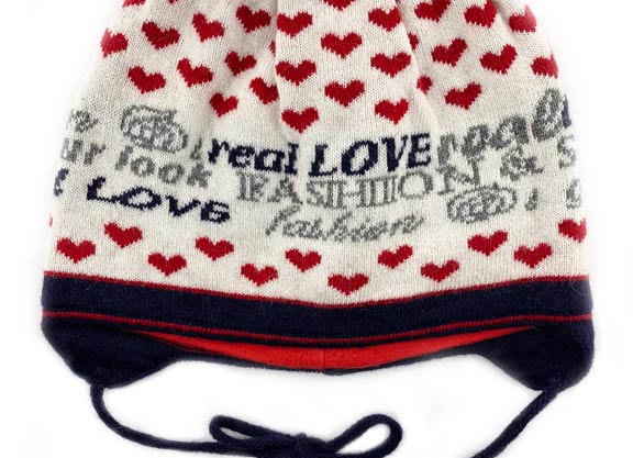 JG_17197R_FWH Off White with Red Hearts Fall/Winter Hat