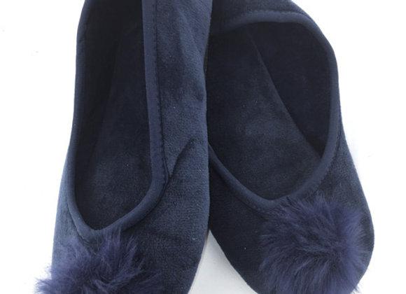 YGS_N2 Navy Slippers