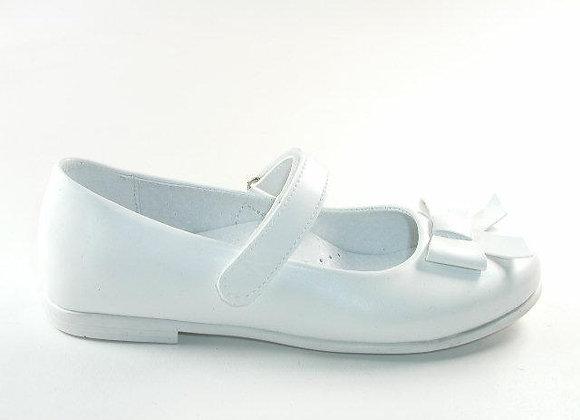 KG6097B_D White Mary Jane