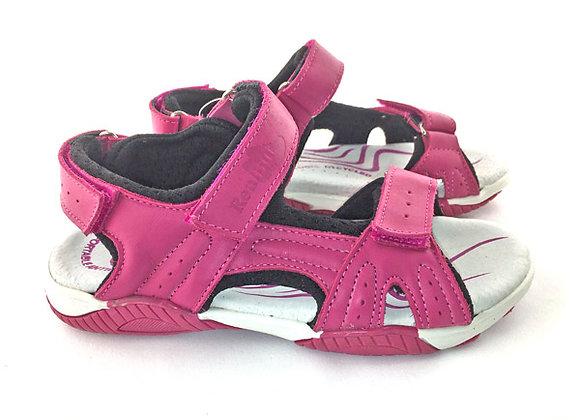 RBG31_4201_OS Magenta Leather Sandals