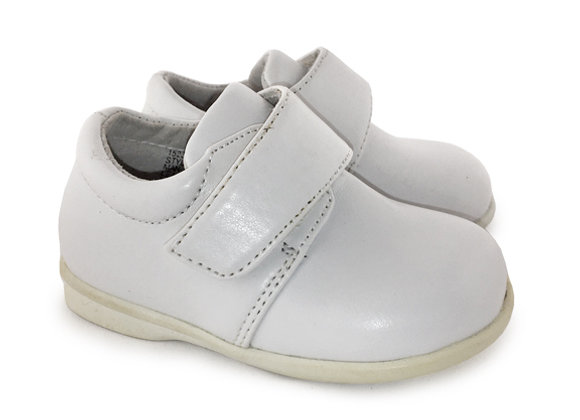 JB171_10_D White Shoes