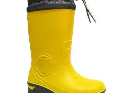 RB33_487_0357_R Yellow Rain Boots