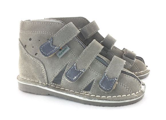 DBS_S114 Gray Suede Sandals