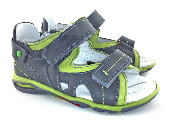 RBB21_3054_OS Jeans Green Leather Sandals
