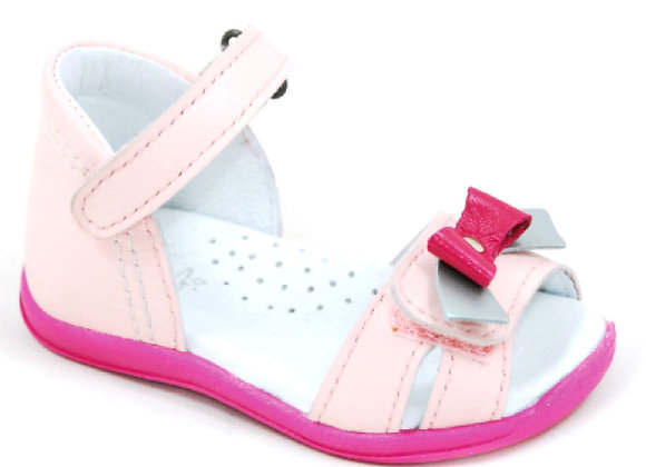 GG016_02_OS Baby Pink Leather Sandals