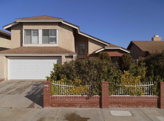 2559 Desert Oak Dr Palmdale,CA 93550.mov