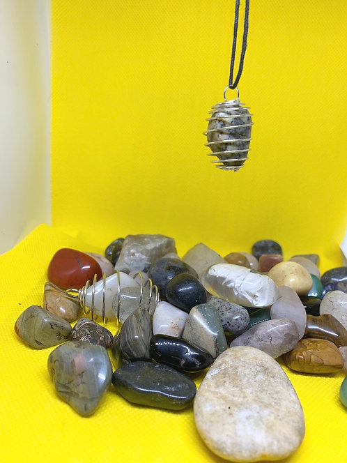 Tumble stone necklace in cage