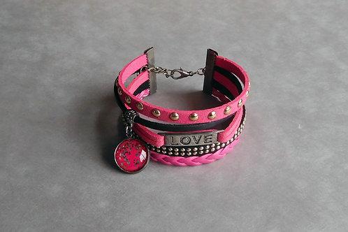 Pink love - Manchette simili-cuir et suédine fuchsia et noir, cabochon pailleté