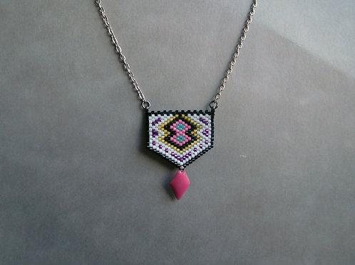 Erika noir, blanc et rose - collier mini plastron miyuki