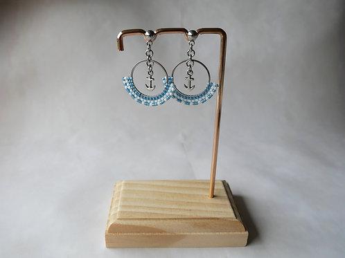Boucles d'oreilles Marine - créoles perles miyuki et ancre - bleu clair
