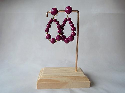 Boucles d'oreilles Julie, Créoles en perles résine Aubergine, Bijoux vintage