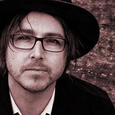 Daniel Holdsworth singer songwriter guitarist Darks Common Underground