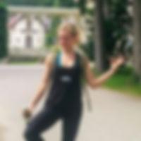 Foto_Dina_Yoga_München_Obermenzing.jpg