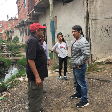 Hoy : El Defensor del Pueblo visitó el Barrio Pampa en Lanús.
