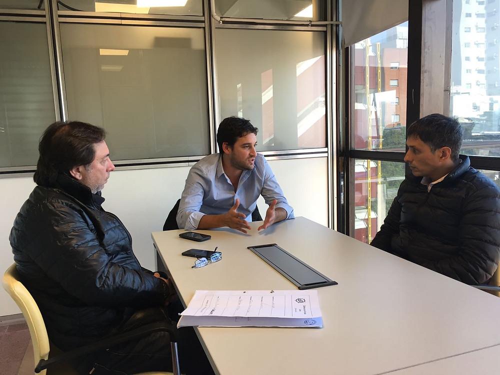 El Dr. Alejandro Gorrini y Daniel Marciano fueron recibidos por el Lic. Damián Sala.