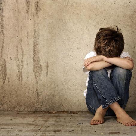 25 de Abril : Día Mundial de Lucha contra el Maltrato Infantil