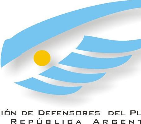 Las Defensorías del Pueblo convocan a una mesa de diálogo política y social