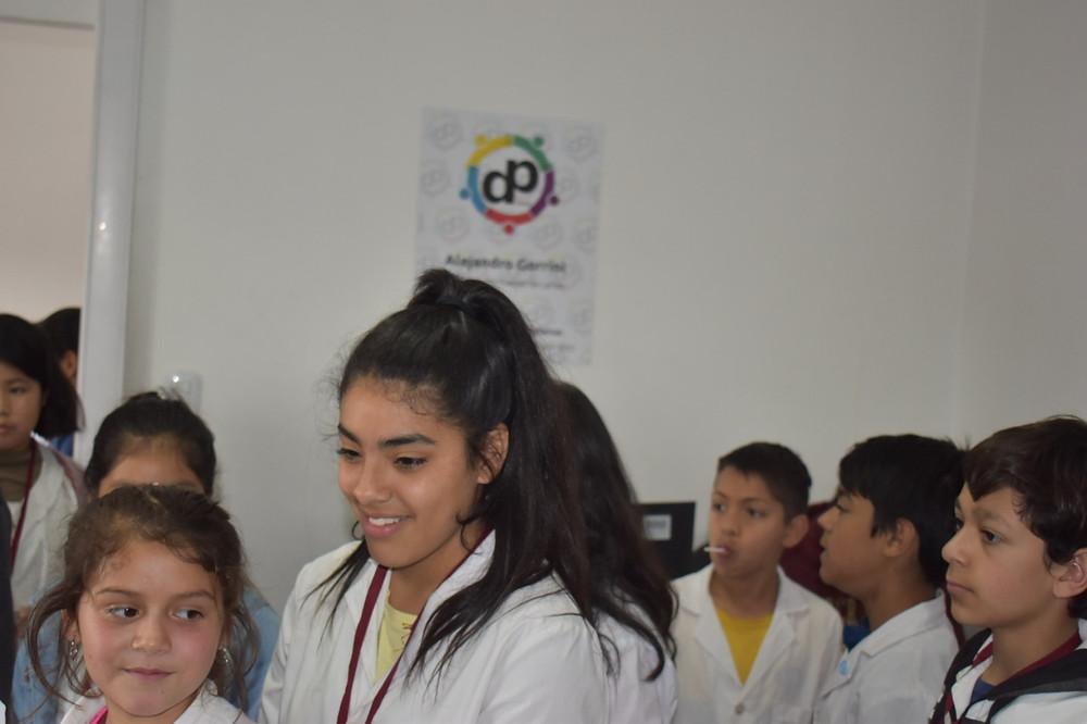 Los niños y las niñas  visitaron la Defensoría del Pueblo, en donde, Alejandro Gorrini, les explicó las funciones y la metodología de trabajo del organismo.